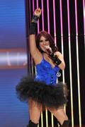 http://img168.imagevenue.com/loc1040/th_53026_Dulce_Maria_Univision_Premios_Juventud_Awards22_122_1040lo.jpg