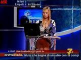 [IMG]http://img168.imagevenue.com/loc1112/th_77925_Simona_Tironi_-_Diretta_Stadio_071021_6_123_1112lo.jpg[/IMG]