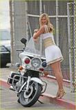Maria Sharapova - Page 16 Th_54624_maria_sharapova_vogue_01_122_198lo