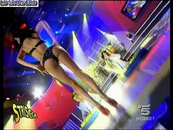 [IMG]http://img168.imagevenue.com/loc443/th_45320_FedericaNargi_Culocompilation.wmv_000016760_122_443lo.jpg[/IMG]