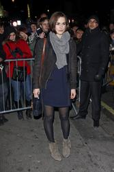 http://img168.imagevenue.com/loc677/th_64673_KeiraKnightley002_122_677lo.jpg