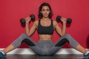 Belle-Wood-Belle-Doing-Her-Fitness-x176-3000px-66ow28gulj.jpg